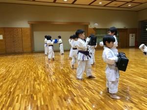 2017.12.6 武道空手少年クラブ小平市鷹の台教室